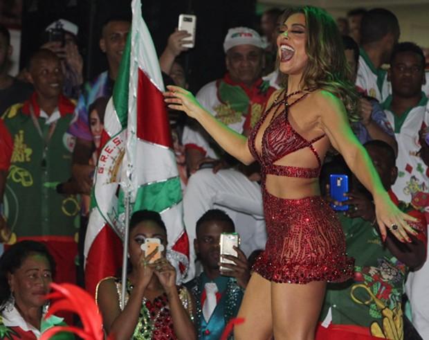 Juliana Paes (Foto: Marcello Sá Barretto e Rodrigo dos Anjos/AgNews)
