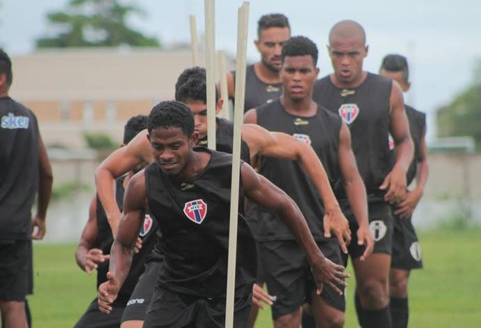 Time atleticano intensifica preparação e viaja para Imperatriz nesta sexta-feira (Foto: Maranhão / Divulgação)