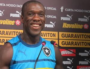 Seedorf coletiva Botafogo (Foto: Thales Soares/GLOBOESPORTE.COM)
