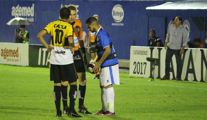Everton Junior Tubarão x Criciúma (Foto: Comunicação CA Tubarão)
