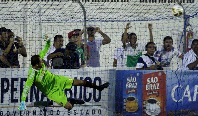 magrão sport salgueiro (Foto: Aldo Carneiro / Pernambuco Press)