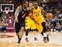 Imparável, LeBron volta a comandar os Cavs em vitória sobre os Spurs
