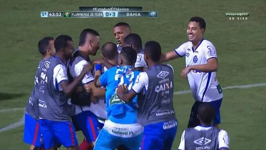 Resultado de imagem para Fora de casa, Bahia faz 3 a 0 no Flu de Feira e amplia vantagem por vaga na final