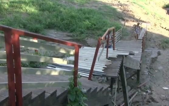 escada porto rio acre (Foto: Reprodução TV/Acre)