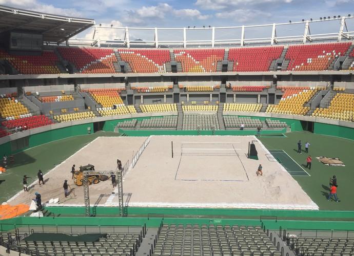 centro olímpico de tênis recebe 280t de areia e vira arena de vôlei