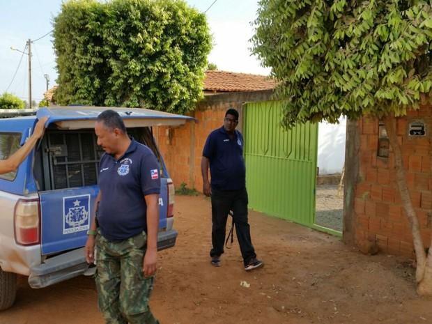 Homem foi preso após denúncia de uma das enteadas sobre estupro  (Foto: Blog do Sigi Vilares)
