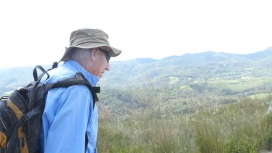 Conheça Paulo Schmidt, um montanhista de 86 anos que é referência no esporte