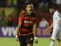 Com opção de atuar de centroavante  no Sport, Rogério almeja fazer 10 gols