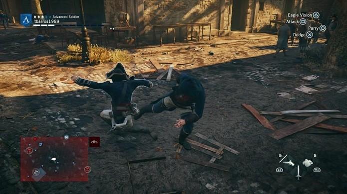 Use golpes corpo a corpo contra os inimigos (Foto: Reprodução/Thiago Barros)