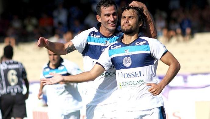 Helton Luiz meia São Bento União Barbarense (Foto: Jesus Vicente / EC São Bento)