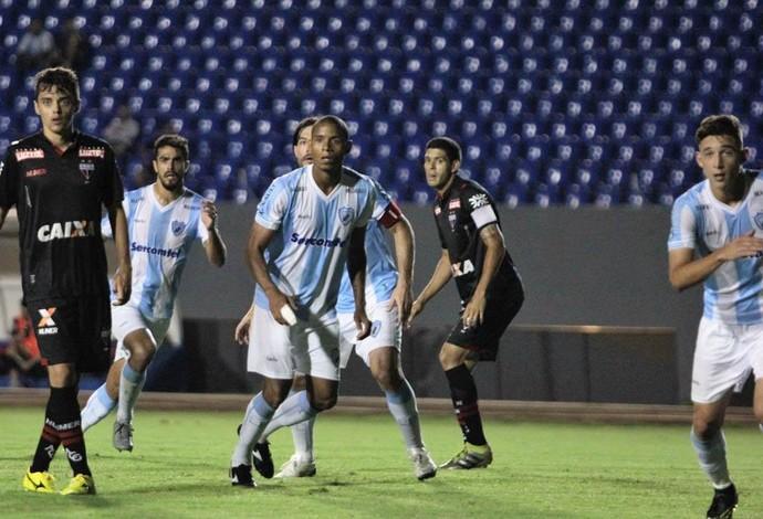 Londrina, Atlético-GO, Everton Sena, Germano (Foto: Wellington Ferrugem/Londrina)