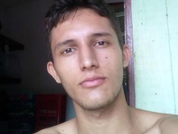 Alexandre Quadros Santiago desapareceu na quarta-feira (12) (Foto: Arquivo Pessoal)