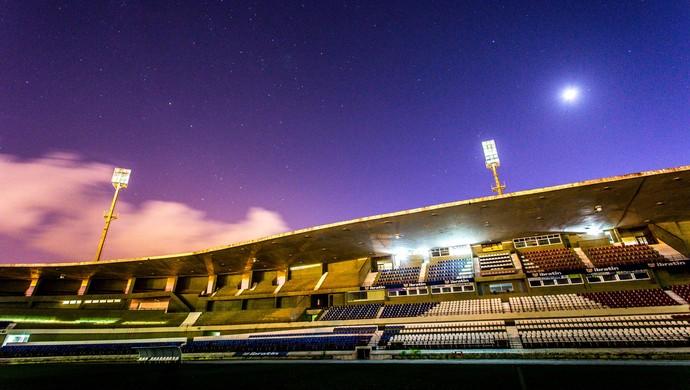 Estádio Rei Pelé, em Maceió (Foto: Jonathan Lins/GloboEsporte.com)