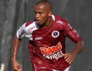 Flávio Santos, atacante da Desportiva Ferroviária (Foto: Simon Dias/Rádio ES)