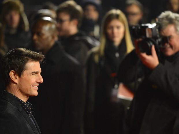 Tom Cruise posa para fotos antes de exibição do filme 'Jack Reacher', em Londres, nesta segunda-feira (10) Longa é dirigido por roteirista de 'Os suspeitos' e 'O Turista' (Foto: Reuters/Toby Melville )