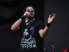 Em São Paulo, Falcão d'O Rappa pede minuto de palmas para Mandela