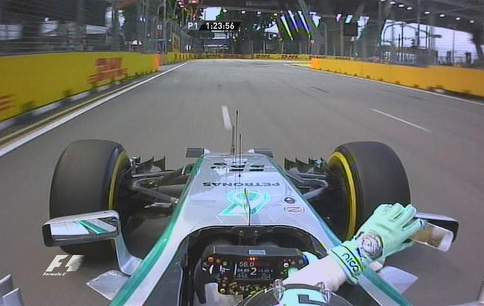 Alonso supera Mercedes e põe Ferrari no topo no 1º treino livre de Cingapura Rosberg_espelho_twitter