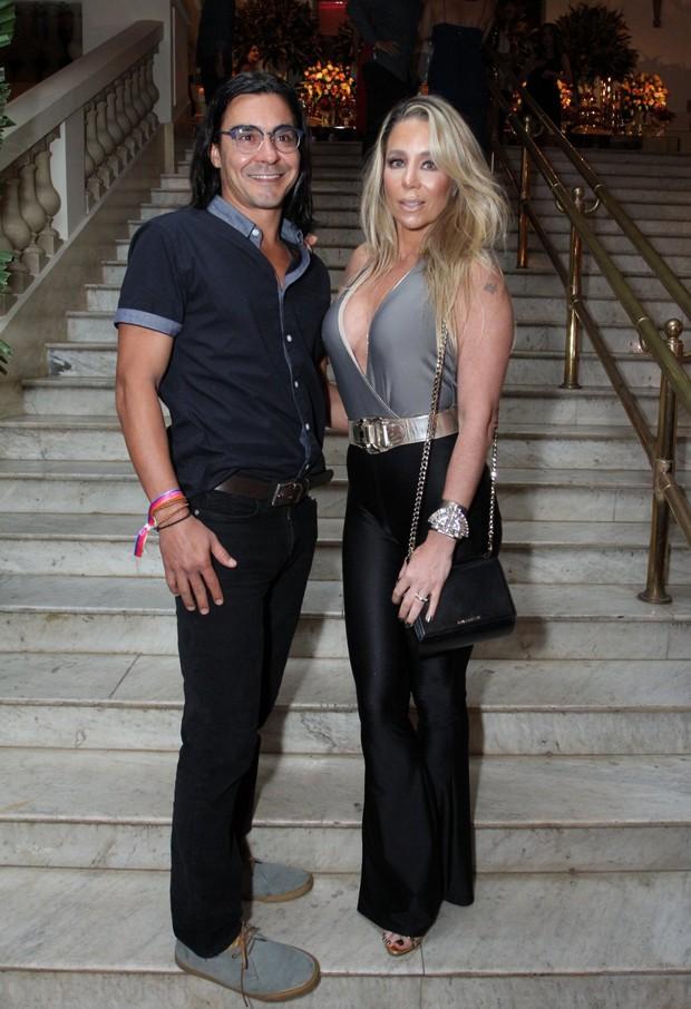 André Gonçalves e Danielle Winits (Foto: Marcos Ferreira/Brazil News)