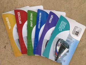 Cartões oferecem integração entre o VLT e ônibus (Foto: João Paulo de Castro/G1)