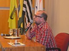 Jornalista Xico Sá participa de 'papo' com profissionais em Piracicaba, SP