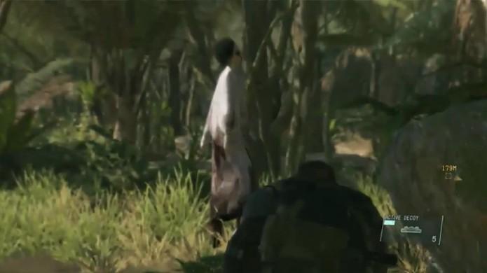 O fantasma de Lisa poderá ser usado como distração em Metal Gear Solid 5 (Foto: Reprodução/Rafael Monteiro)