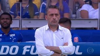 Cruzeiro demite Paulo Bento, e Mano Menezes deve ser o novo treinador