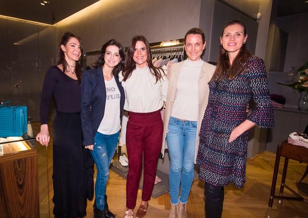 Luciana Mantegazza, Julia Maringoni, Mariana Kupfer, Rosanne Behar e Maythe Birman (Foto: Arthur Vahia)