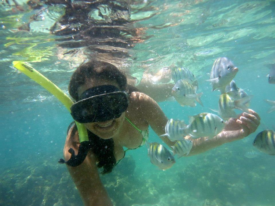 Para a jornalista, Gabriela Canário, as piscinas de águas claras, mais conhecido como o Caribe Brasileiro, em Maragogi-AL, é um paraíso! (Foto: Arquivo Pessoal)