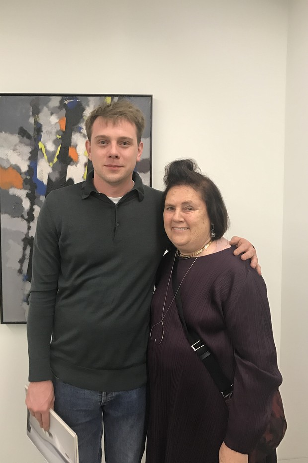 Suzy with Jonathan Anderson at the Hepworth Wakefield gallery. (Foto: NATASHA COWAN)