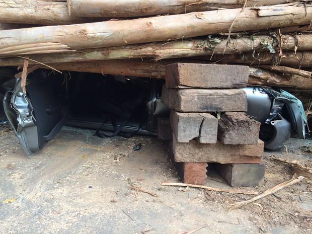 Motorista saiu ilesa após acidente em Itu (Foto: Corpo de Bombeiros/Divulgação)