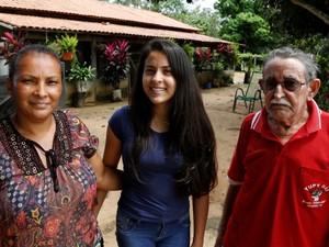 Samara machado é motivo de orgulho para os pais (Foto: Marcio Vieira/Seduc/Divulgação)