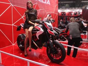 Musa promove Ducati Hypermotard SP (Foto: Rafael Miotto / G1)
