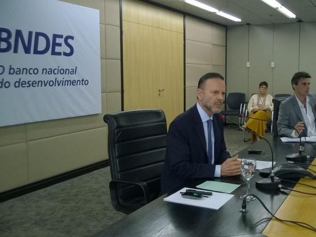 Presidente do BNDES, Luciano Coutinho, anunciou novas taxas para financiamentos (Foto: Lilian Quaino/G1)