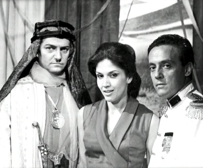 Yoná Magalhães durante as gravações de O Sheik de Agadir (Foto: Cedoc / TV Globo)