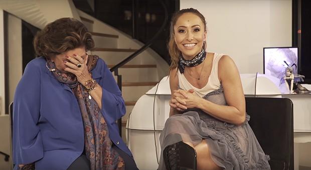 Sabrina Sato e a sogra, a apresentadora Leda Nagle (Foto: Reprodução/ Youtube)