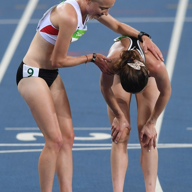 Nikki Hamblin e  Abbey D'Agostino  (Foto: Getty Images)