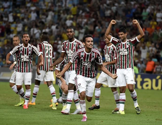 Gustavo Scarpa comemoração Fluminense x Goiás (Foto: André Durão)