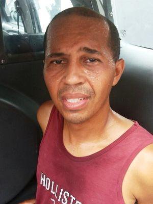 Gilberto Machado chorou ao saber que noiva estava morta, em Praia Grande (Foto: Reprodução/G1)