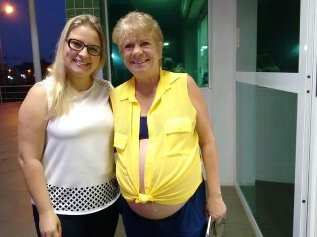 Nivalda aceitou ser 'barriga solidária' da filha Gleice (Foto: Denise de Medeiros/RBS TV)