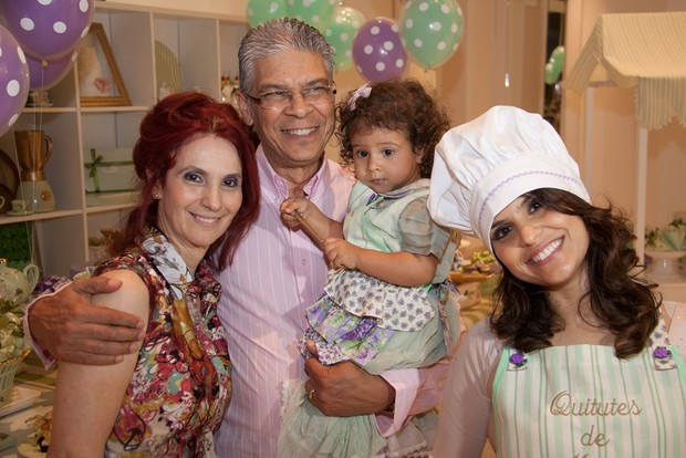 Aline Barros comemora aniversário de 2 anos da filha Maria Catherine (Foto: Raquel Peixoto e Rafael Kistenmacker/Divulgação)