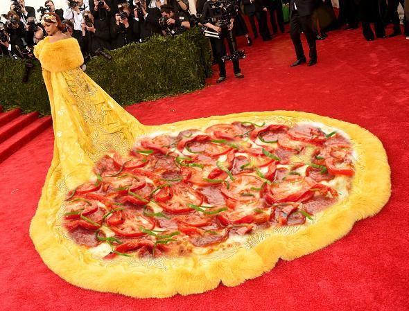 Ego Vestido De Rihanna No Baile De Gala Do Met Vira