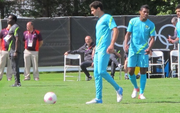 Paulo Henrique Ganso no treino da sele&#231;&#227;o (Foto: M&#225;rcio Iannacca/GLOBOESPORTE.COM)