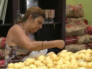 Batata foi o item que teve a maior variação de preço em Curitiba (Foto: Reprodução/ RPC)