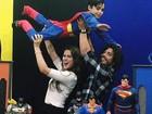 Douglas Sampaio festeja os 6 anos do filho ao lado de Rayanne Morais