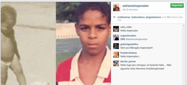 Adriano usa o Instagram para postar imagens quando criança e depois com a camisa do Fla