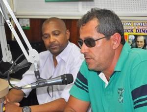 Beto Ribeiro, presidente do Mamoré, e Gerson Evaristo, técnico do Sapo (Foto: Toninho Cury)