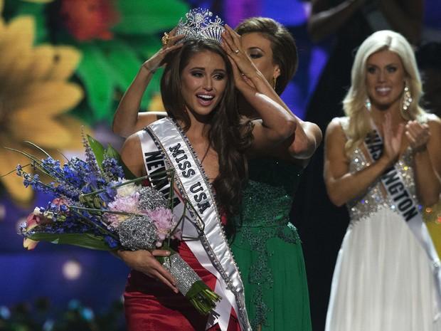 Nia Sanchez, representante do estado de Nevada, é eleita a Miss EUA 2014 (Foto: Adrees Latif/ Reuters)