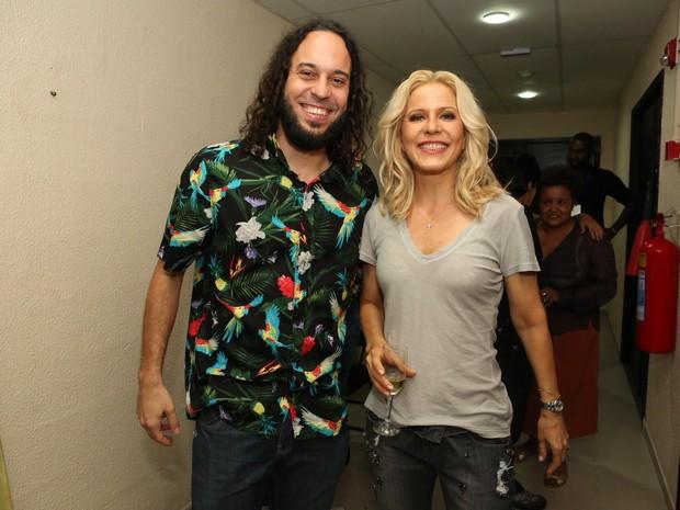 Gabriel O Pensador e Paula Toller em show no Rio (Foto: Reginaldo Teixeira/ CS Eventos/ Divulgação)