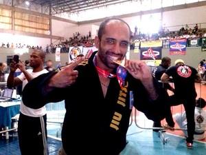 lutador MMA jiu-jitsu Daniel Coutinho Chicão Divinópolis MG Mineiro de Jiu-Jitsu 2014 (Foto: Pantera Negra Jiu-Jitsu/Arquivo pessoal)