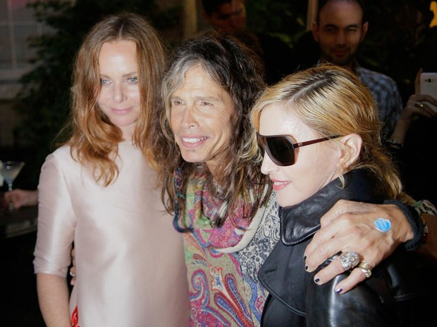 Stella McCartney, Steven Tyler e Madonna em evento em Nova York, nos Estados Unidos (Foto: Randy Brooke/ Getty Images)
